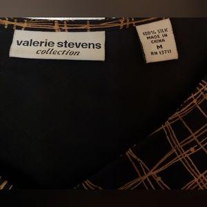 Valerie Stevens Tops - Valerie Stevens Silk Sleeveless Top M